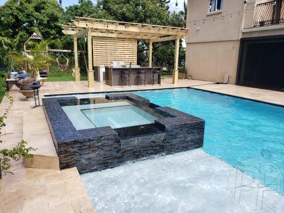 Custom Pool Spa with 3 Spills